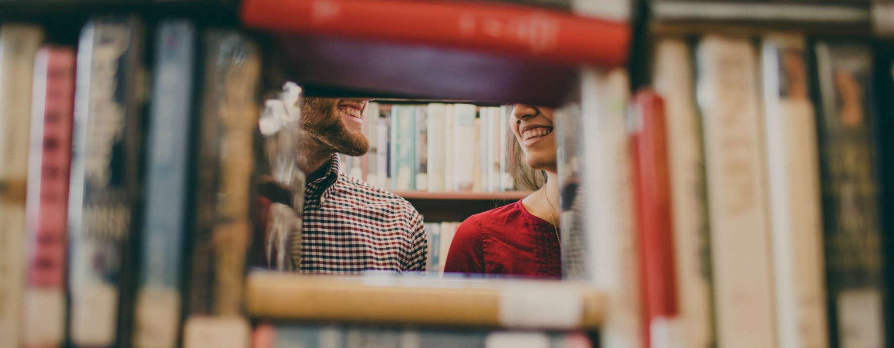 Rires en bibliothèque